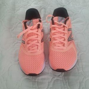Vazee Sneakers
